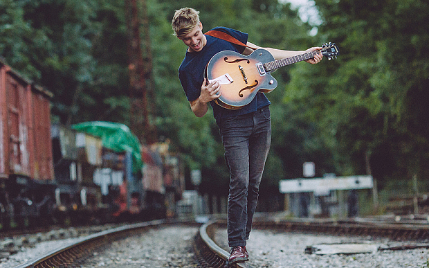 george ezra - 2014 promo image.......George Ezra 05 HI please credit Danny North.jpg