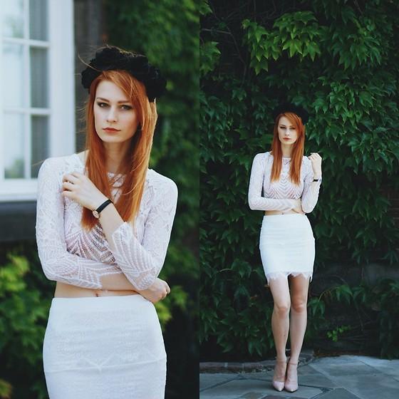 white_on_white_3